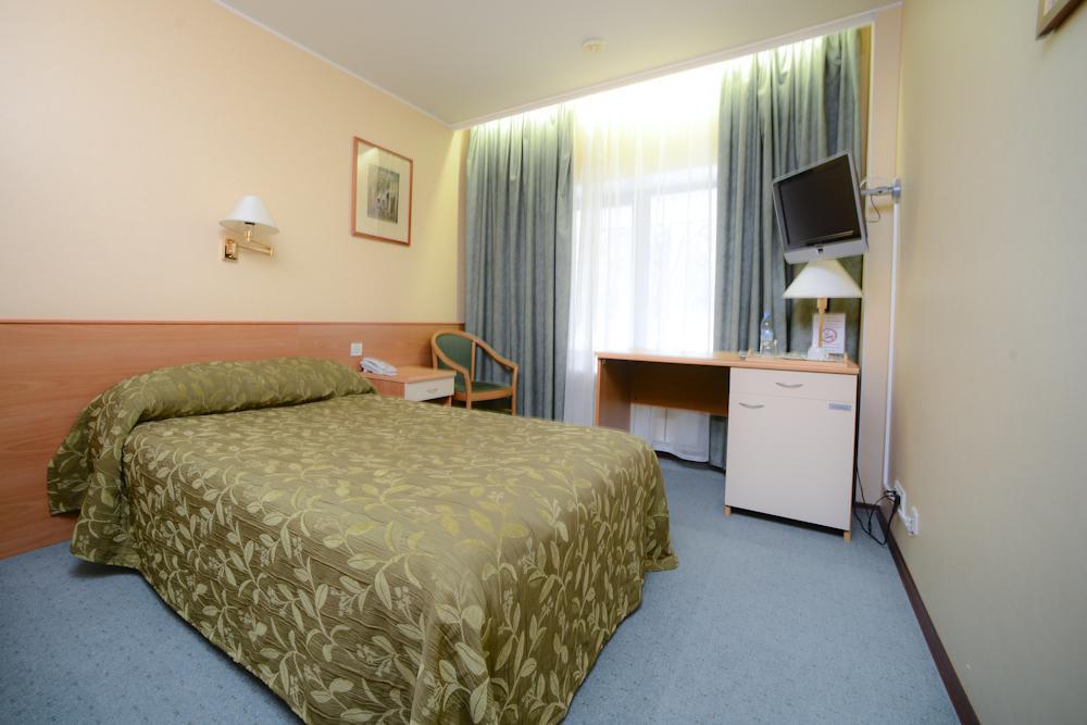 Посоветуйте гостиница рядом с аэропортом домодедово